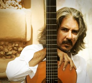 Il chitarrista di flamenco Miguel Ángel Cortés